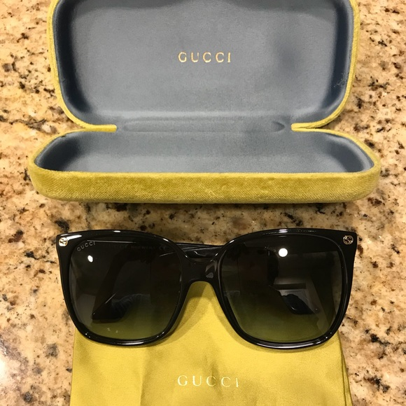 ad820d29fee Gucci Accessories - Pre-Owned Gucci 57mm Square Sunglasses